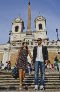 Couple portrait in Spanish Steps Rome